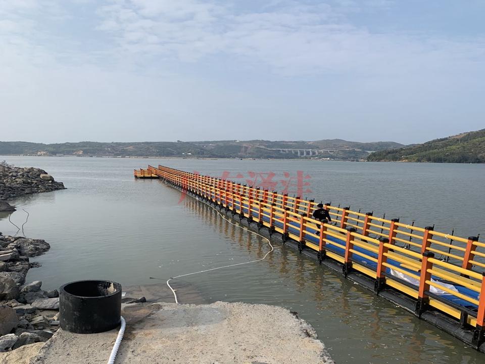 水上浮桥、过道