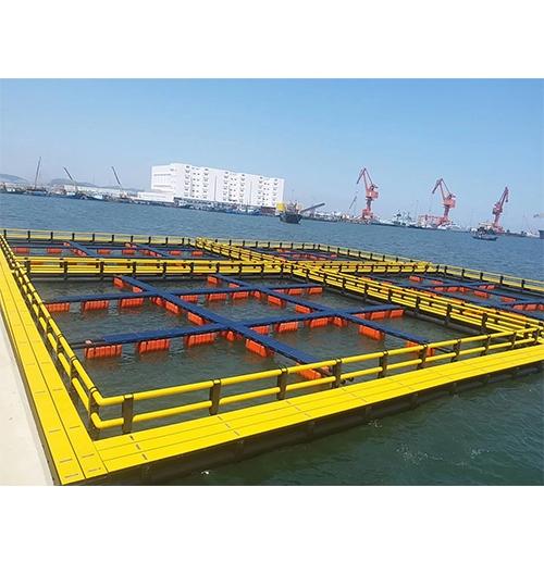 浮筒塑料平台和网箱